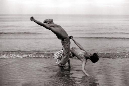 man_woman_beach