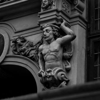Statue @ Gdansk I (2011)