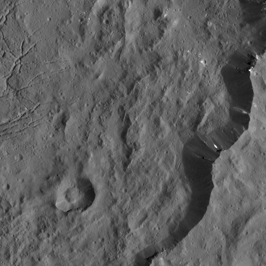 Southeast rim of Dantu Crater on Ceres. pia20300