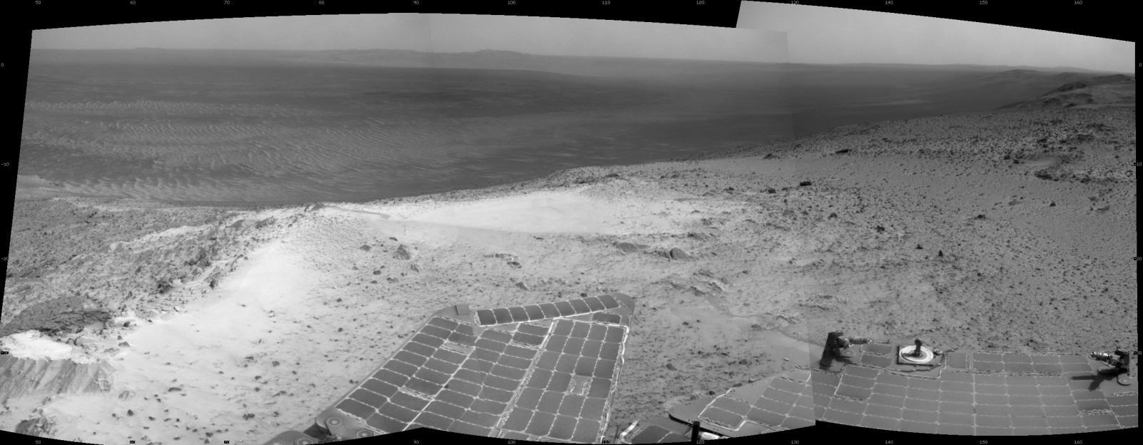 Vista del cráter Endeavour desde el borde occidental