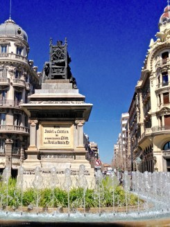 The back of Queen Isabella's throne as seen from the bus stop. Just a minute or so straight ahead down Gran Via de Colón was our exchange home.