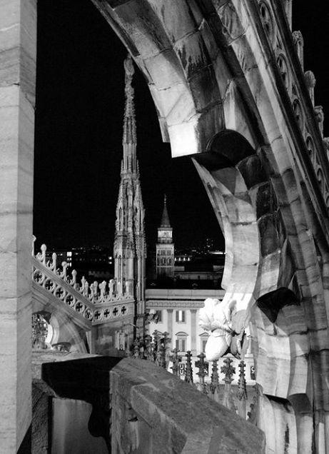 Alberto Scibona 013, Il campanile di San Gottardo in Corte dalle terrazze del Duomo 2016