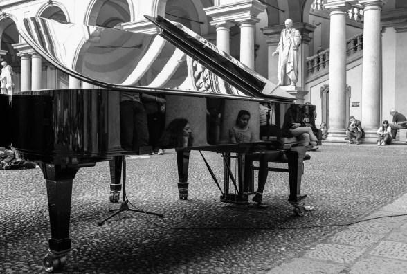 Daniela Borsari 008, Pianocity 2017, cortile della Pinacoteca di Brera