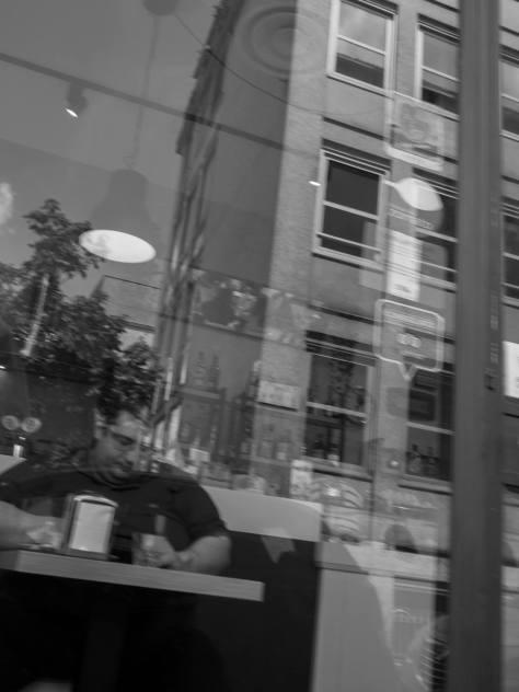 Raffaello Merli 012, A caccia di fantasmi a Milano