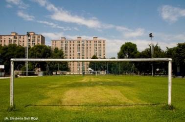 8 campo di calcio via baroni