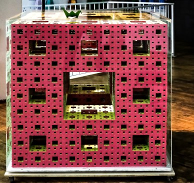 Origami tra Arte e Scienza in mostra a Spazio Tadini a Milano - foto Luigi Alloni