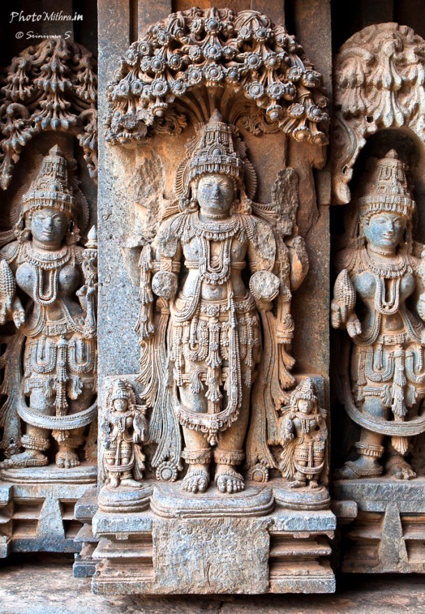 Stone carvings at Somanathapur