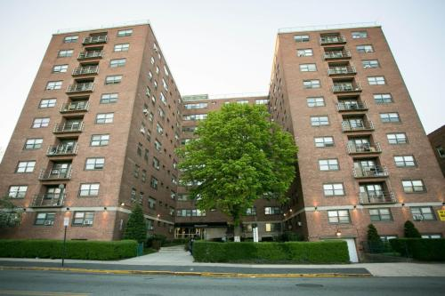 East Orange, NJ Apartments For Rent From $825 To $2.4K+ A