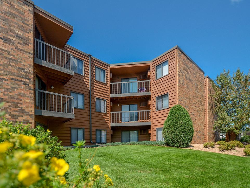 garden square apartments saint cloud