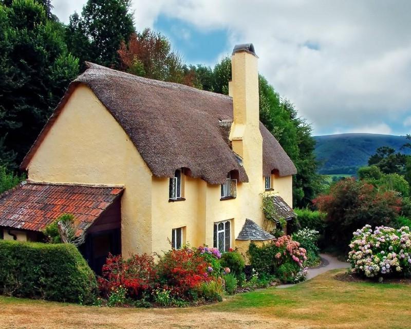 Quaint Cottage Photos