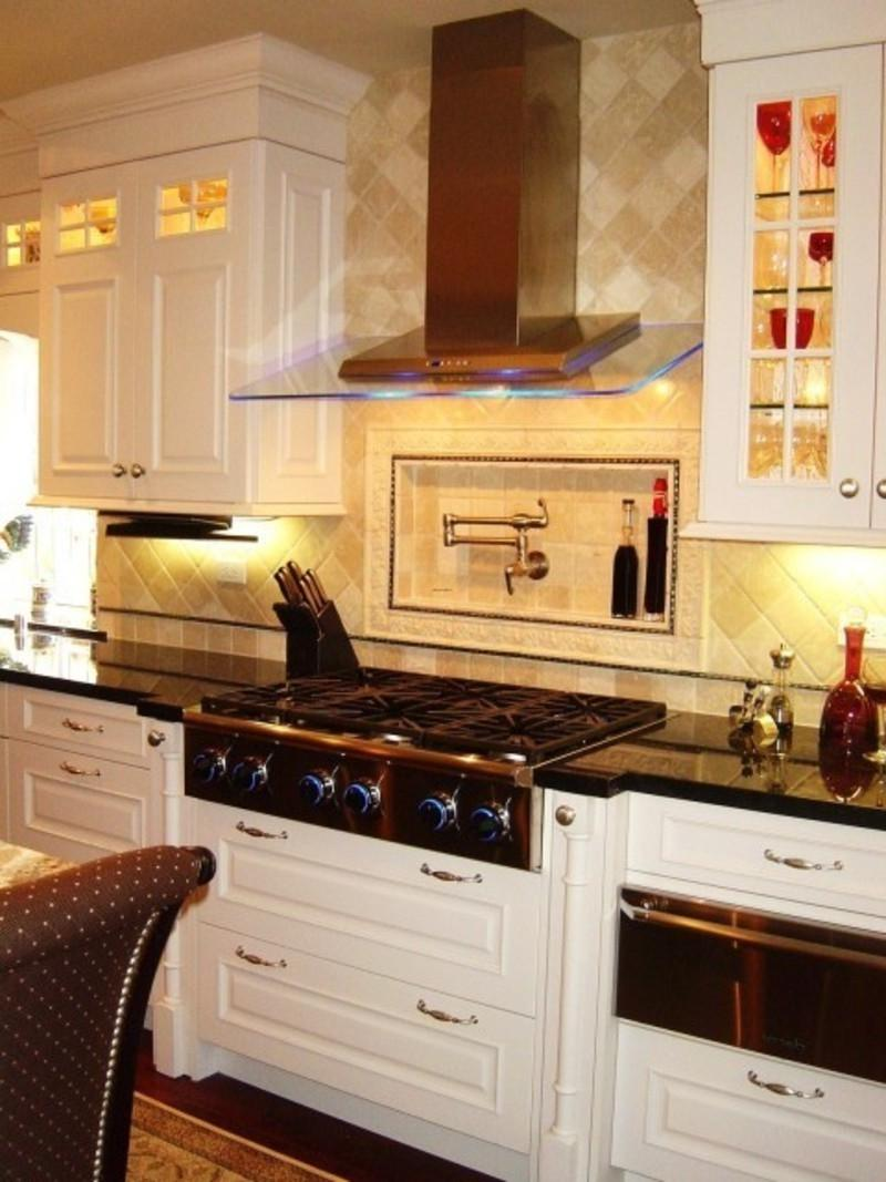 Beautiful Small Kitchen Designs