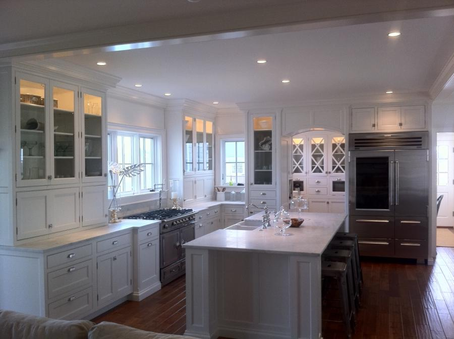 Nantucket Polar White Kitchen Cabinets