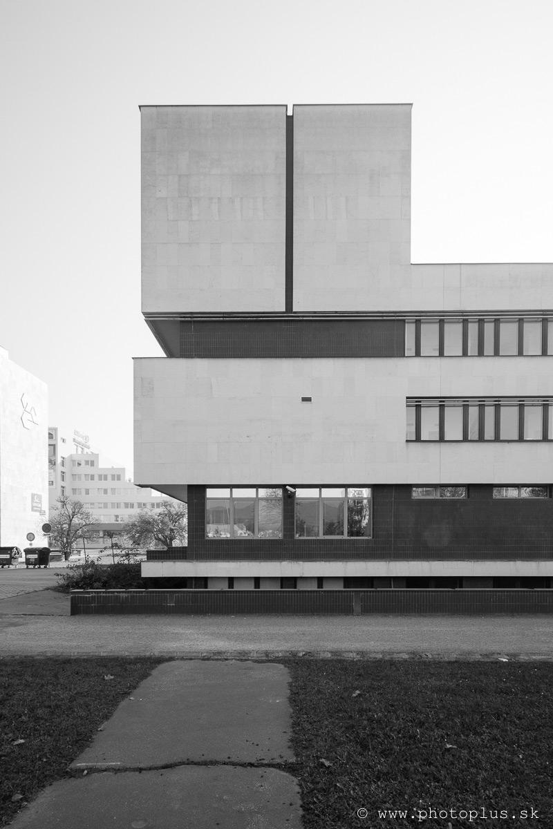 Budova-banky-Považská-Bystrica-12
