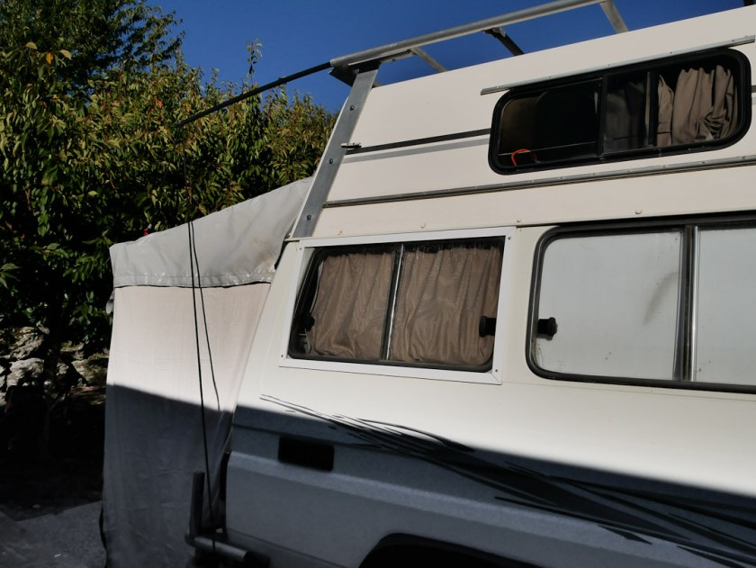 awning on Land Cruiser. camper