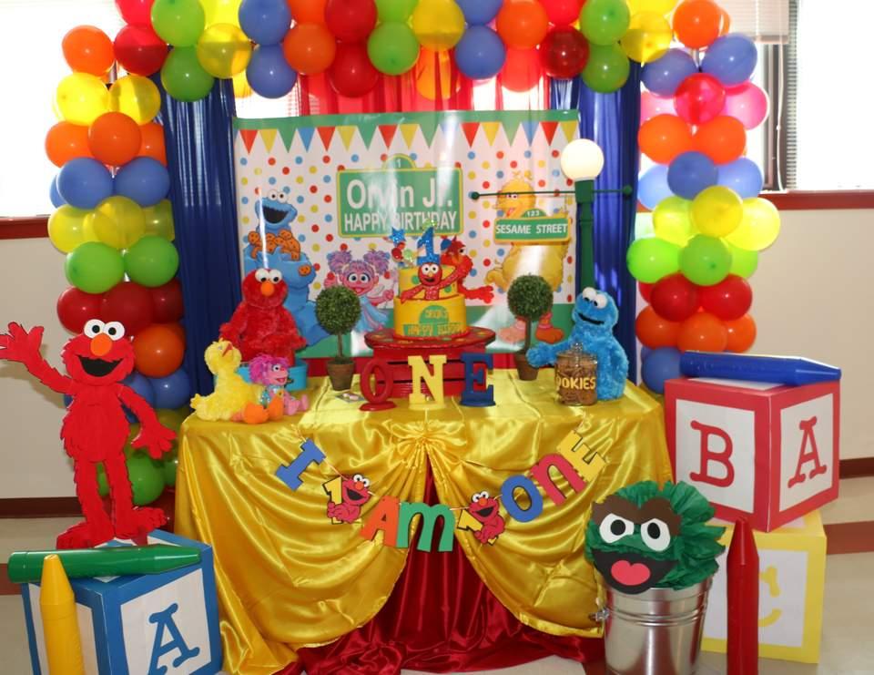 Elmo Party Ideas Centerpieces