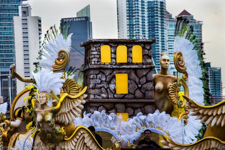 Carnaval float in Panama City 2013