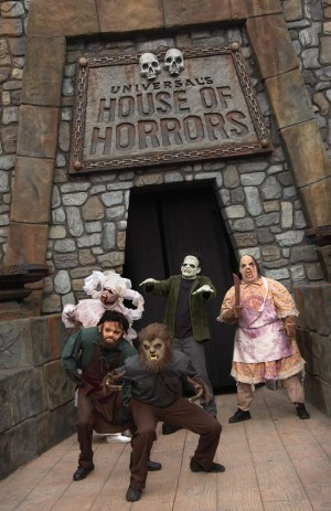 Classic movie monsters terrorized tourists on a daily basis in Universals House of Horrors.