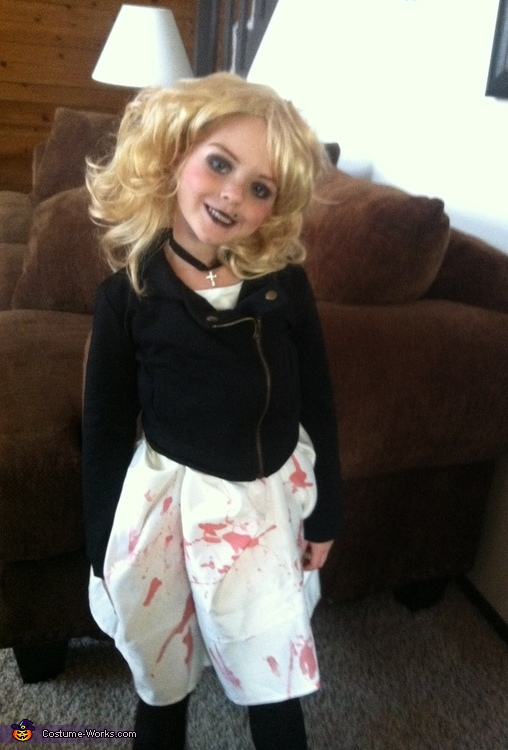 Homemade Bride of Chucky Costume for Girls Photo 25