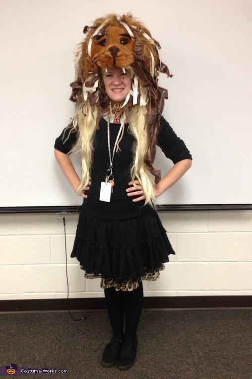 Luna Lovegood's Lion Hat Halloween Costume