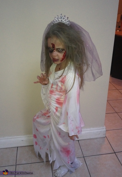 Scary Zombie Bride Costume For A Girl