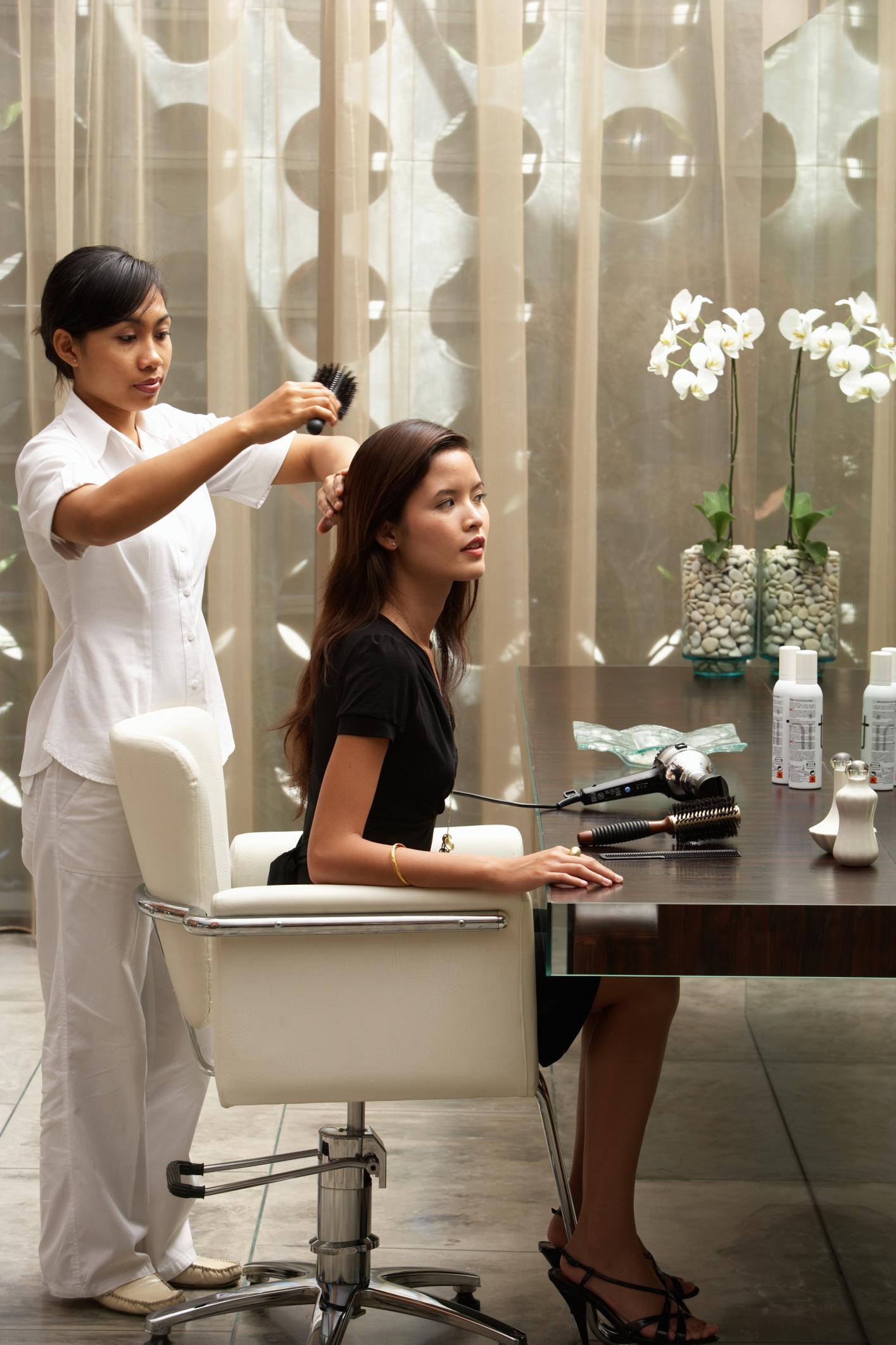 Salary Of A Hair Stylist At An Upscale Salon