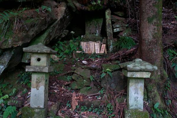 A small shrine as I begin the last major climb.