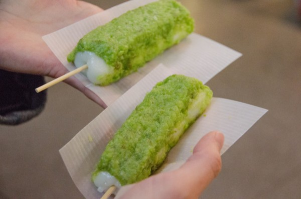 Japanese Food: Miyagi's zundamochi (edemame wagashi)