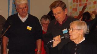 7 Des amis du prieuré de Contres accompagnent Sr Jeanne-Marie qui vient rejoindre le prieuré de Lombreuil