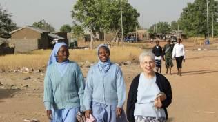 De gauche à droite : sr Christine, sr Thérèse Myriam et sr Anne
