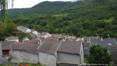 Vue sur le village de Sr Honorine : Caussou