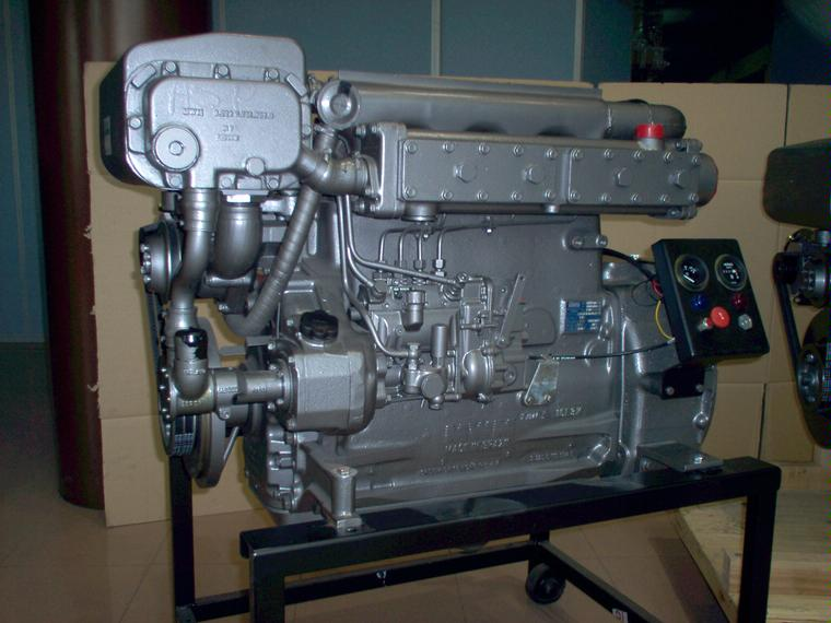 Motor MWM D 229 4 De 80 HP Engines 55536 INautia