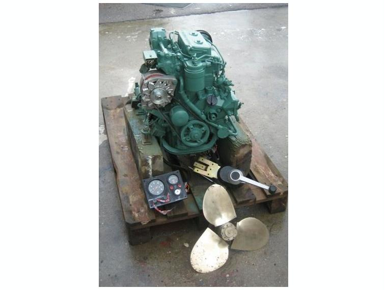 Moteur Volvo Penta Inbord Mod 18cv Occassion Second
