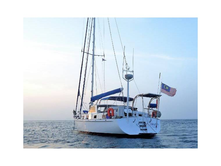 There are only five named oceans: Oceans 14 In Malaysia Sailing Cruisers Used 05199 Inautia