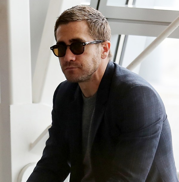 Jake Gyllenhaal On The Set Of Demolition At JFK Airport