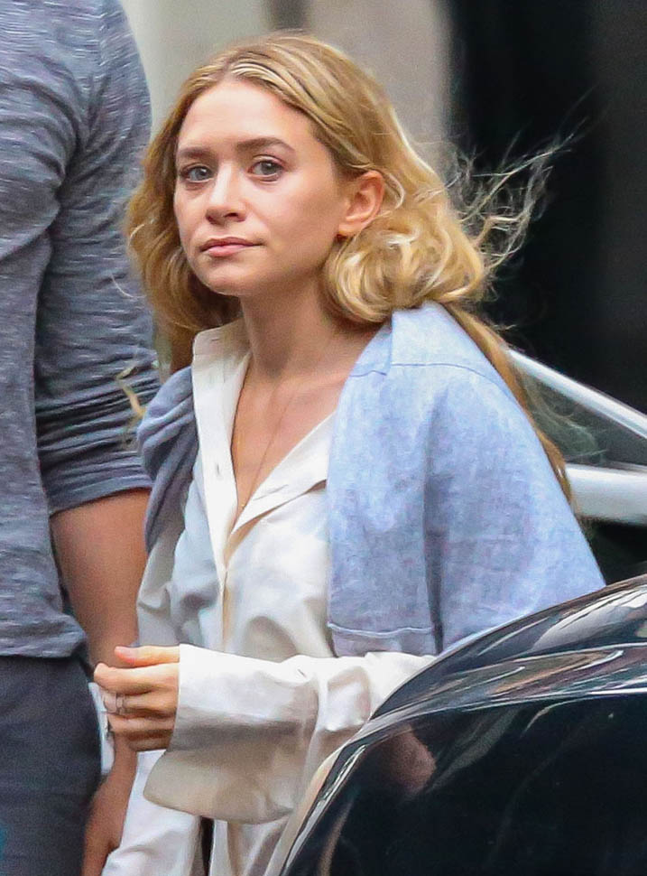 Ashley Olsen And Bennett Miller Leave Her NYC Apartment