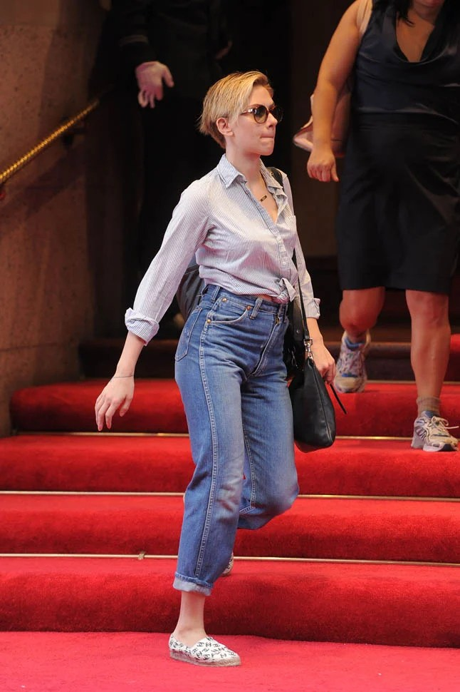Scarlett Johanssons Amazing High Waisted JeansLainey