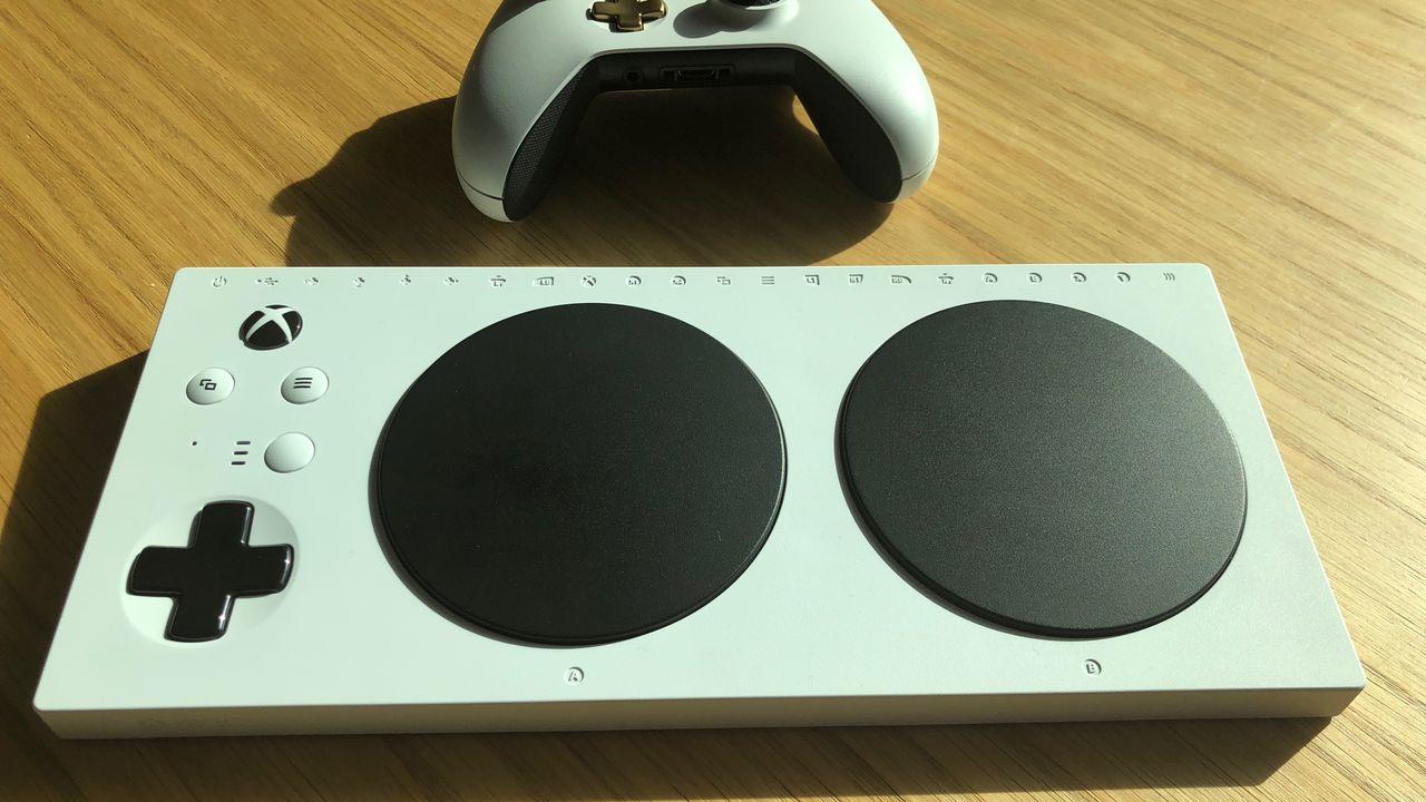 """Résultat de recherche d'images pour """"Manette Adaptative Xbox"""""""