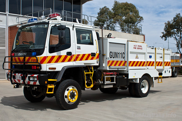 CAFS Tanker from Gungahlin Brigade in the ACT Rural Fire Service