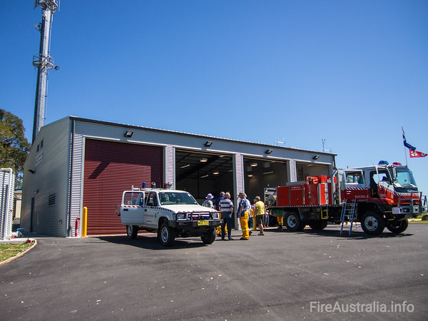 NSWRFS Ku-ring-gai Fire Station. Opened 2013 Photo Sep 2013