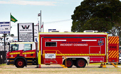 WA Fire & Rescue's ICV at a large industrial fire near Perth Airport in 2010