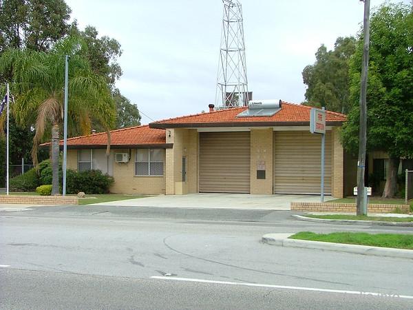 Maddington FRS Fire StationMaddington FRS Fire StationJune 2004