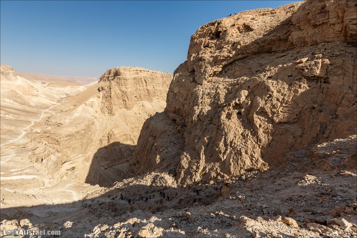 Подъём по змеиной тропе, рассвет над Массадой, гора Эльазар и прогулка по пустыне до Нахаль Рахаф | LookAtIsrael.com - Фото путешествия по Израилю