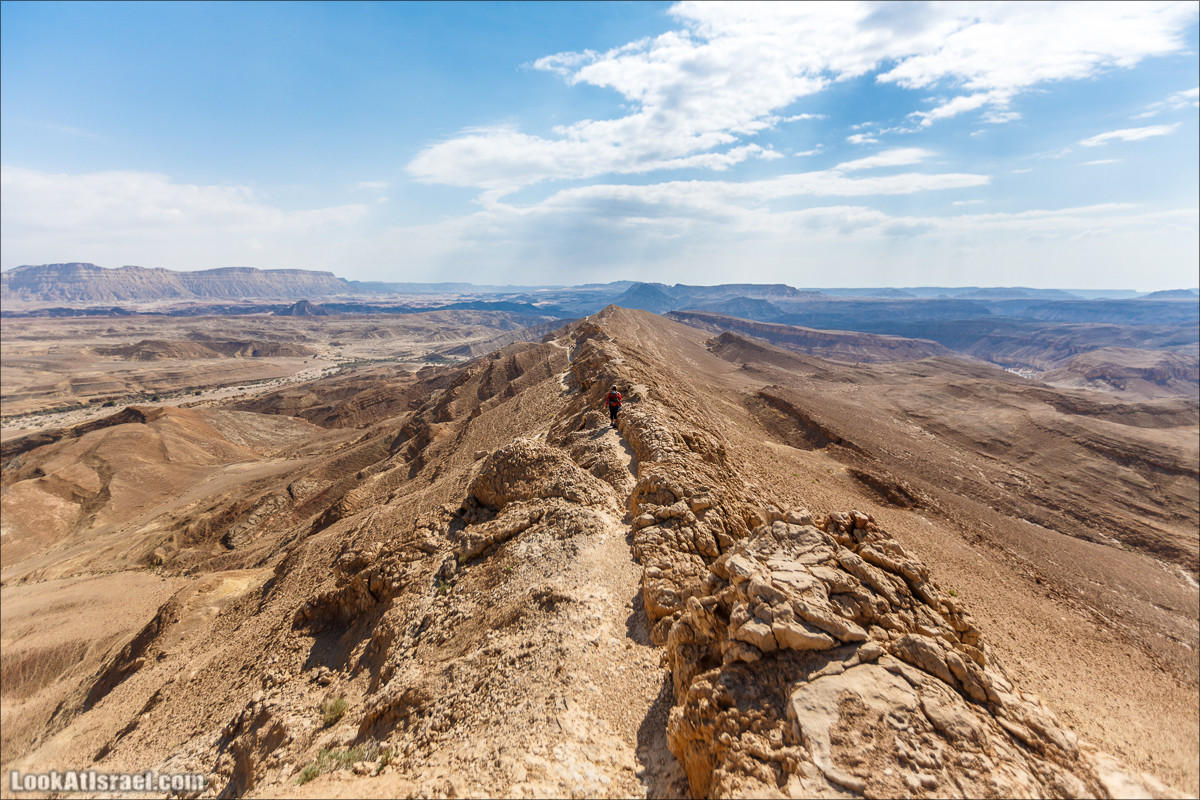 Гора Саароним, ручей Некарот и вода в ущелье Парсат Некарот | LookAtIsrael.com - Фото путешествия по Израилю