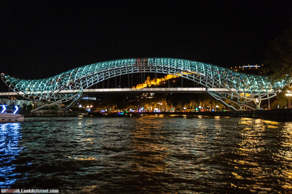 Ночной Тбилиси   LookAtIsrael.com - Фото путешествия по Израилю