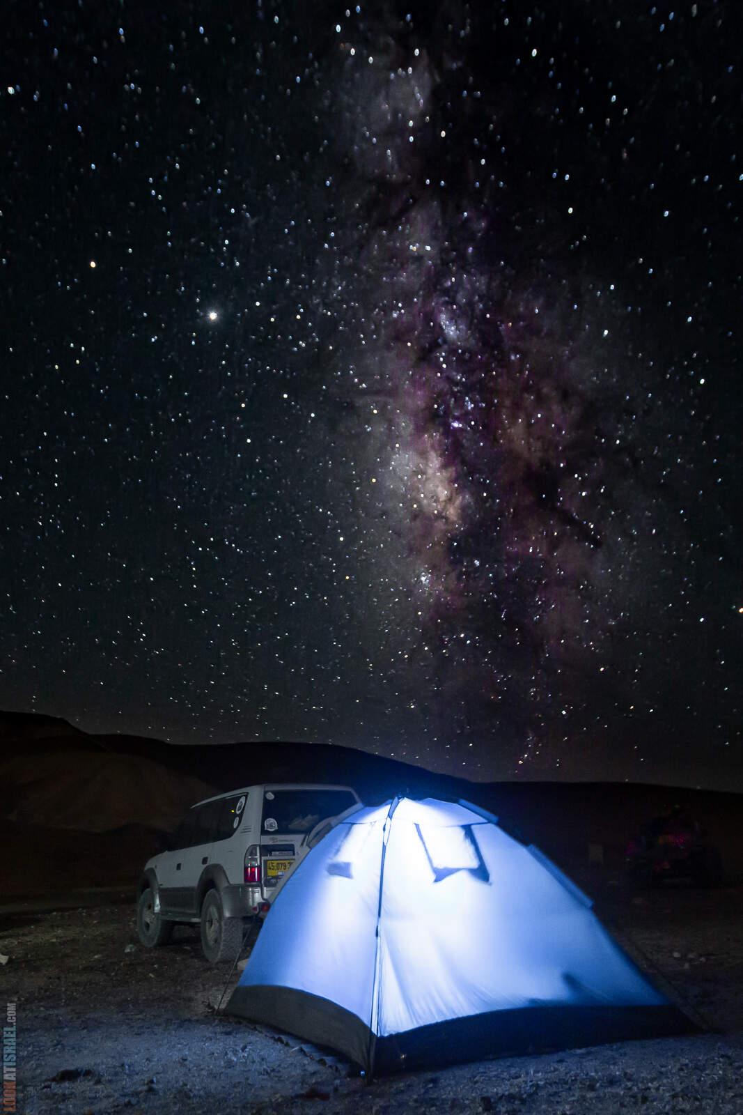 Млечный путь в пустыне, Махтеш Рамон, Израиль | Milky Way in desert, Makhtesh Ramon, Israel | שביל החלב במדבר, מכתש רמון | LookAtIsrael.com - Фото путешествия по Израилю