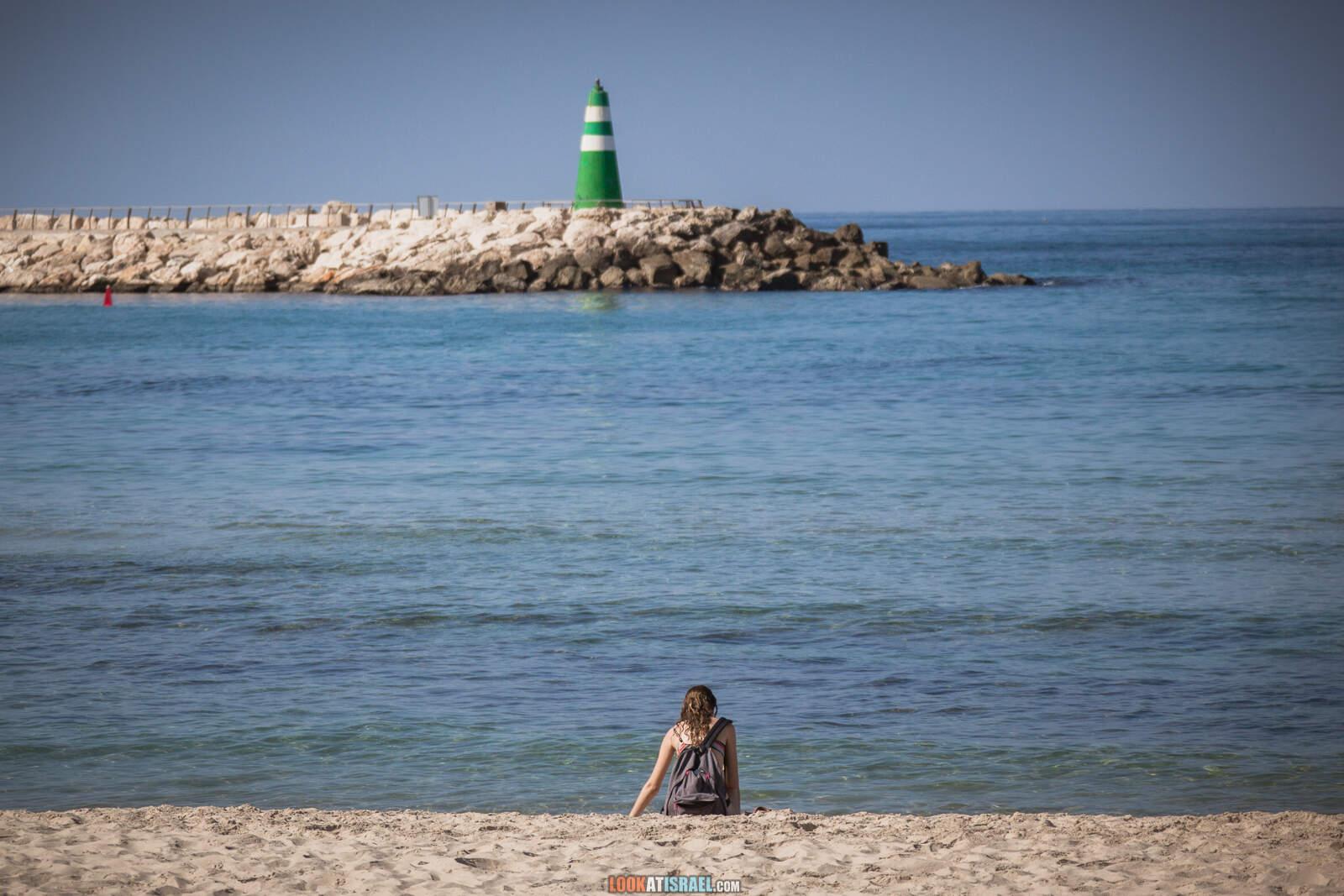 Пляжи и набережная Тель-Авива во время карантина   Lockdown on beaches of Tel Aviv   LookAtIsrael.com - Фото путешествия по Израилю