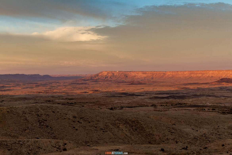 Рассвет и закат в Махтеш Рамон, Парсат а-некарот без воды, сухая   LookAtIsrael.com - Фото путешествия по Израилю