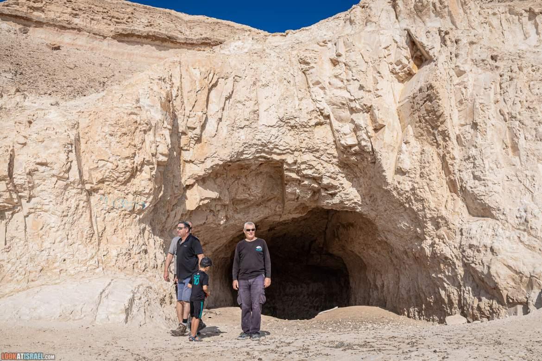 Иудейская пустыне на внедорожнике, монастырь Мар Саба, гора Мунтар (Азазель) - LookAtIsrael.com - Фото путешествия по Израилю