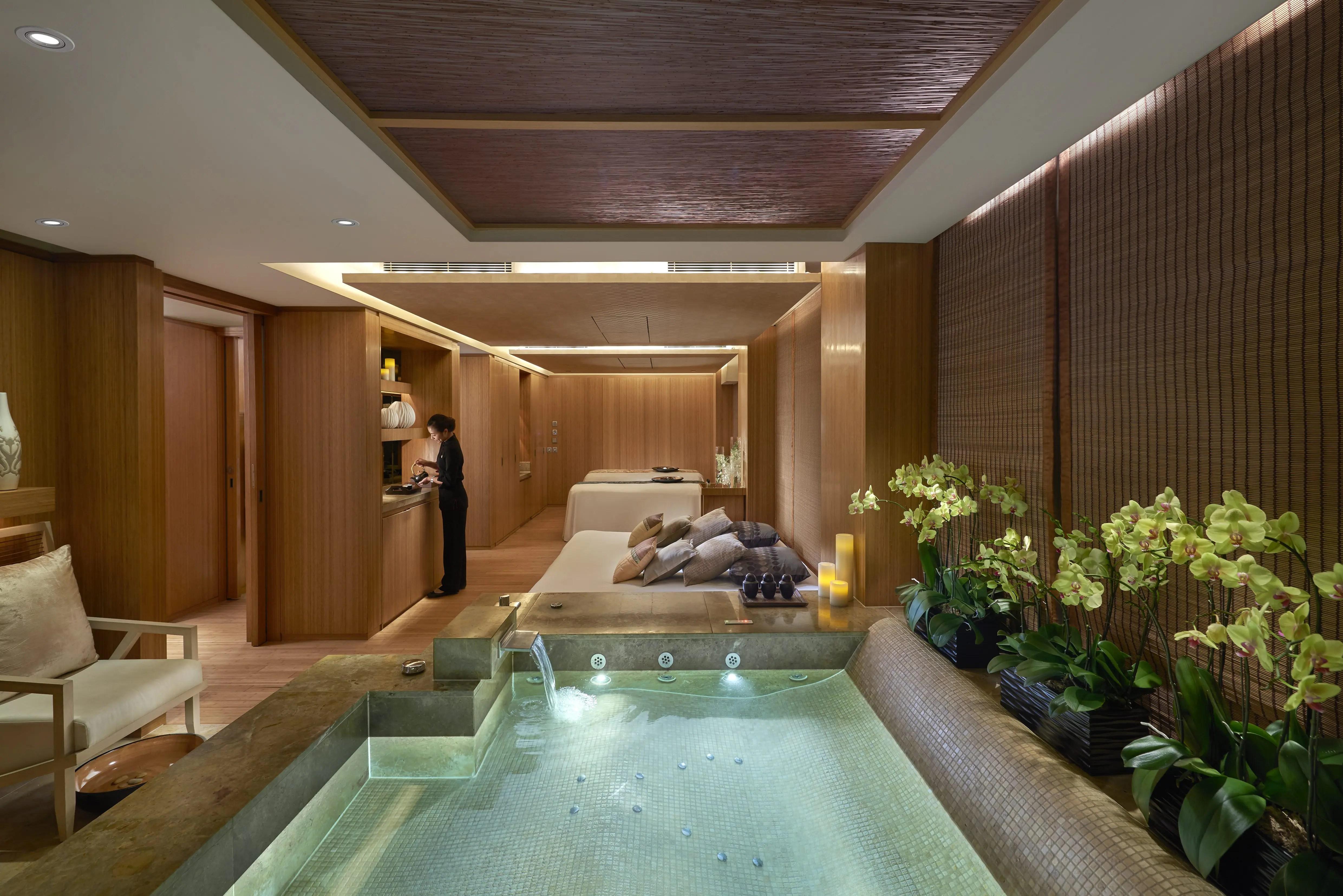 Luxury Wellness Amp Spa Hong Kong The Landmark Mandarin
