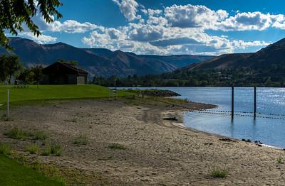 Swimming hole along the Columbia. Photo by Matt Kurjanowicz, http://www.mattkurjanowicz.com/